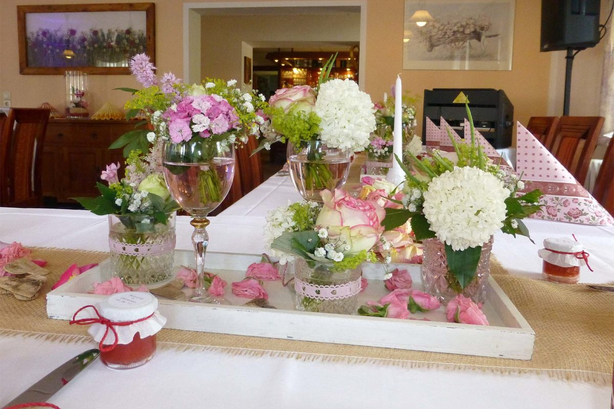 Festliche Tischdeko für Ihre Feierlichkeiten